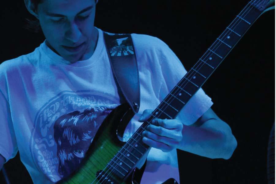 06sept-guitarraElect-04