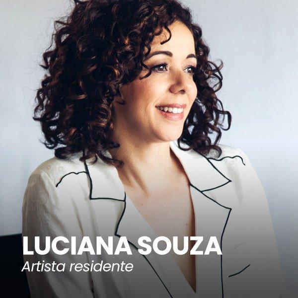 LucianaSouza_mobileslide-emmd
