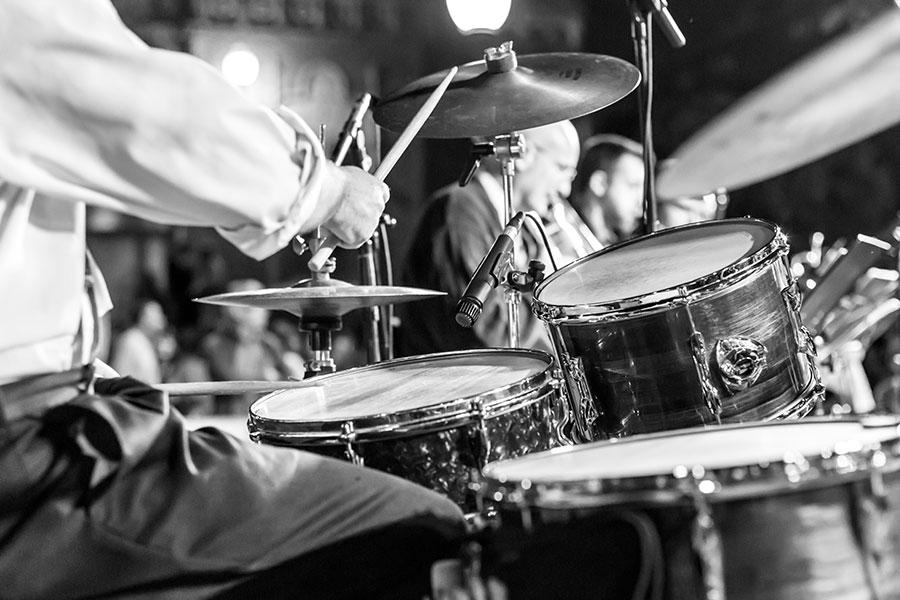 El significado del jazz y su rol transformador durante la pandemia: La experiencia de tres jóvenes chilenos