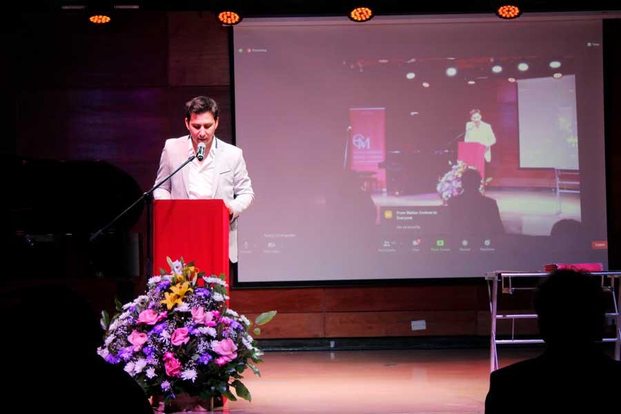 Maestro Mauricio Farfán fue el maestro de Ceremonia