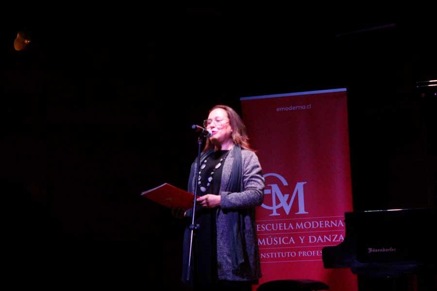 Maestra de Canto Popular, Gloria Pérez